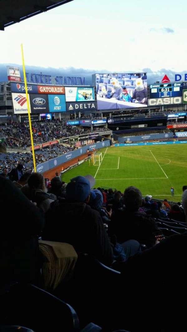 Yankee Stadium, secção: 238, fila: 19, lugar: 1