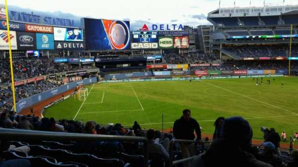 Yankee Stadium, secção: 228, fila: 19, lugar: 24