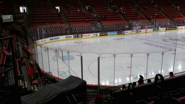 Floyd L. Maines Veterans Memorial Arena, secção: 19, fila: F, lugar: 1