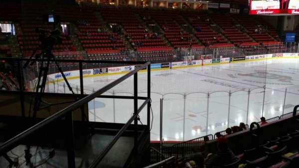 Floyd L. Maines Veterans Memorial Arena, secção: 19, fila: F, lugar: 5