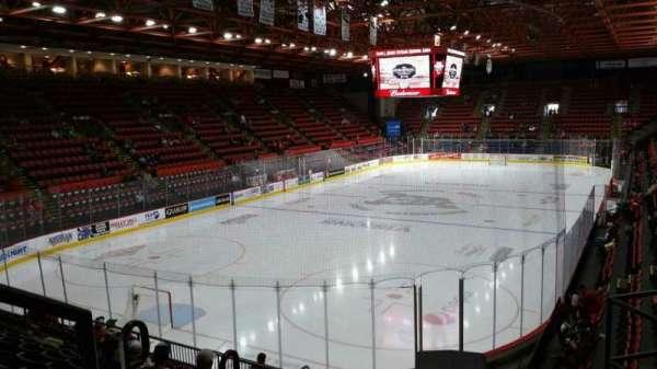 Floyd L. Maines Veterans Memorial Arena, secção: 20, fila: H, lugar: 1