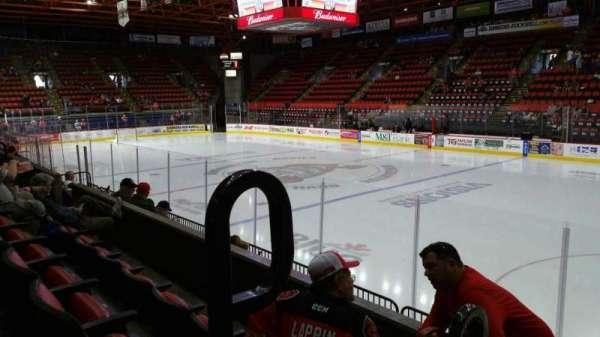 Floyd L. Maines Veterans Memorial Arena, secção: 26, fila: C, lugar: 14