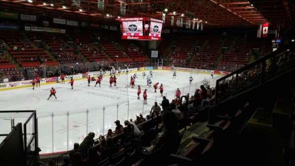 Floyd L. Maines Veterans Memorial Arena, secção: 5, fila: H, lugar: 7