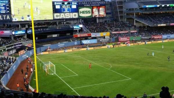 Yankee Stadium, secção: 230, fila: 23, lugar: 3