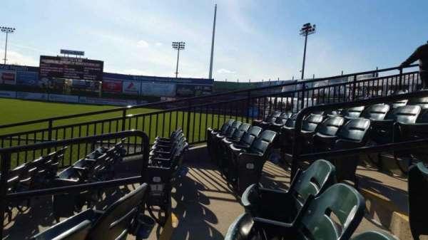 Clipper Magazine Stadium, secção: 2, fila: F, lugar: 5