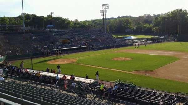 New Britain Stadium, secção: 202, fila: P, lugar: 1