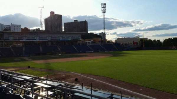 Richmond County Bank Ballpark, secção: 17, fila: M, lugar: 1