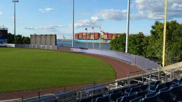 Richmond County Bank Ballpark, secção: 17, fila: Q, lugar: 13