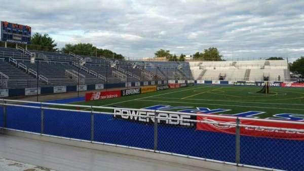 James M. Shuart Stadium, secção: 6, fila: 5, lugar: 26