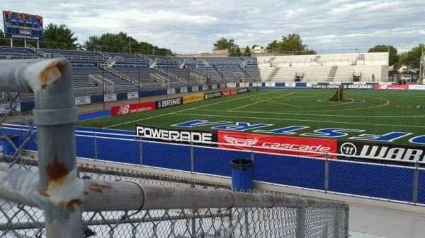 James M. Shuart Stadium, secção: 6, fila: 10, lugar: 19