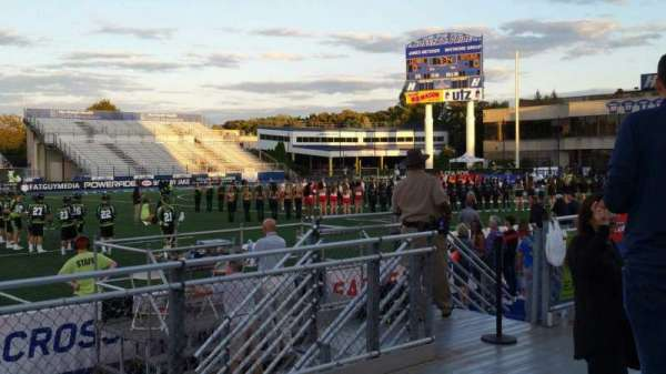 James M. Shuart Stadium, secção: 4, fila: D, lugar: 27
