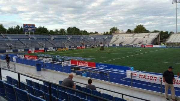 James M. Shuart Stadium, secção: 4, fila: L, lugar: 16