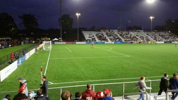 Dillon Stadium, secção: 1, fila: G, lugar: 6