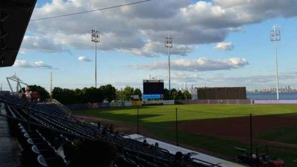 Richmond County Bank Ballpark, secção: 7, fila: R, lugar: 8