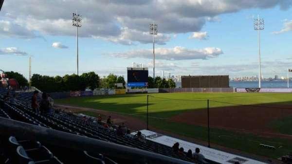 Richmond County Bank Ballpark, secção: 7, fila: R, lugar: 19
