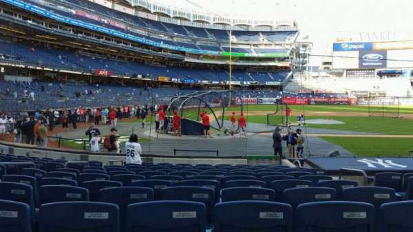 Yankee Stadium, secção: 117B, fila: 1, lugar: 5