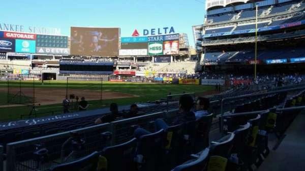 Yankee Stadium, secção: 117A, fila: 3, lugar: 9