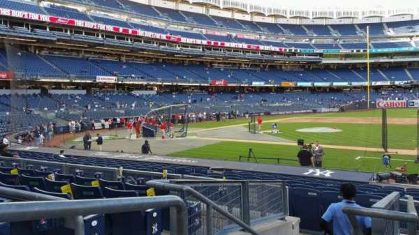 Yankee Stadium, secção: 115, fila: 6, lugar: 14