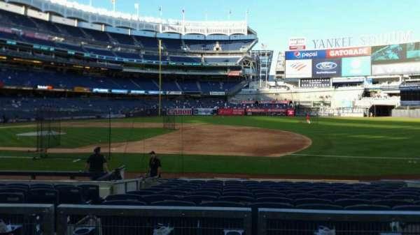 Yankee Stadium, secção: 114B, fila: 3, lugar: 9