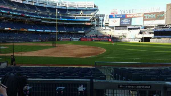 Yankee Stadium, secção: 114B, fila: 3, lugar: 1