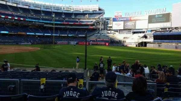 Yankee Stadium, secção: 111, fila: 15, lugar: 8