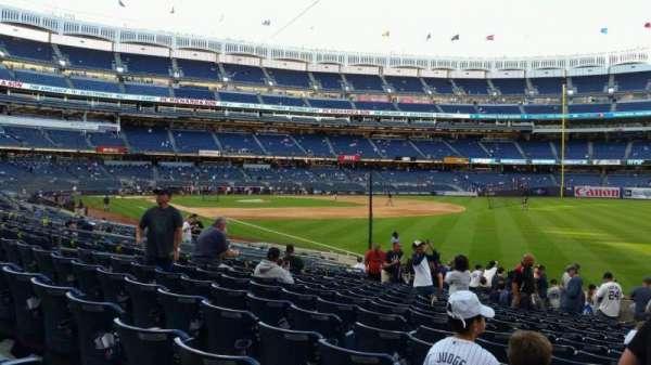 Yankee Stadium, secção: 110, fila: 17, lugar: 1
