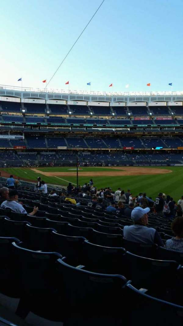 Yankee Stadium, secção: 109, fila: 15, lugar: 1