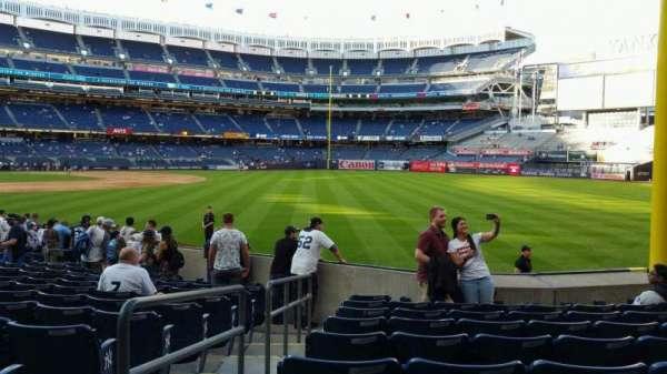 Yankee Stadium, secção: 108, fila: 9, lugar: 12