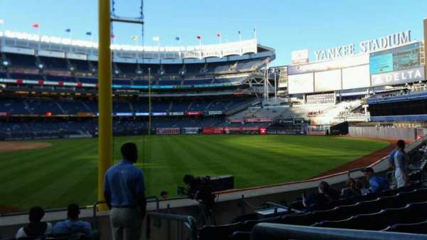 Yankee Stadium, secção: 108, fila: 9, lugar: 1