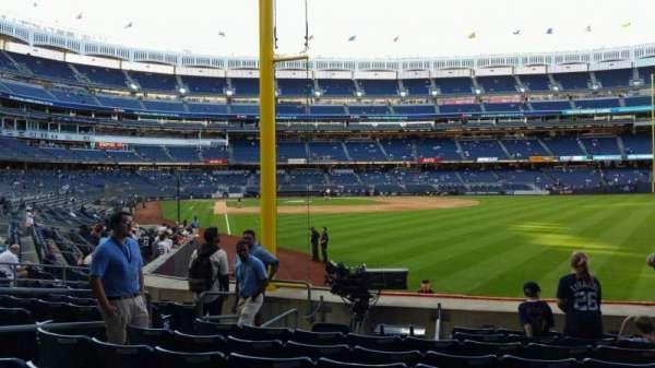 Yankee Stadium, secção: 107, fila: 9, lugar: 9