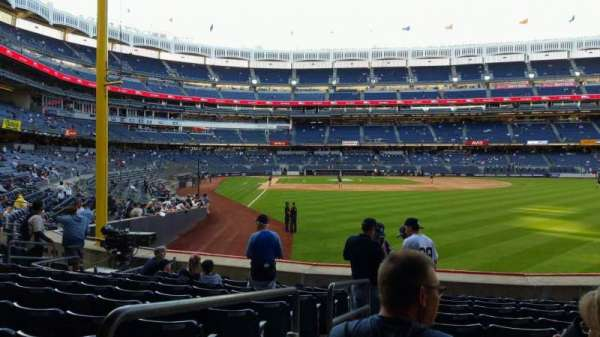 Yankee Stadium, secção: 106, fila: 10, lugar: 16