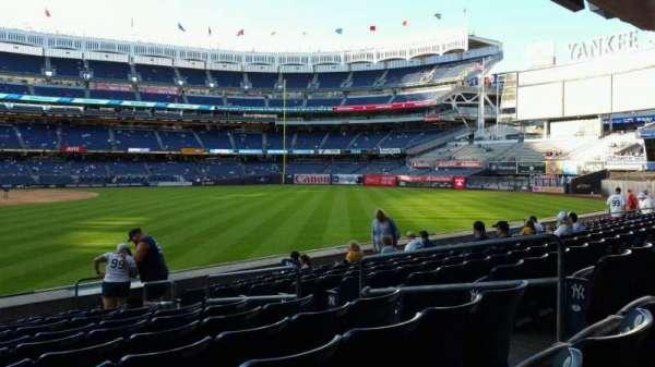 Yankee Stadium, secção: 106, fila: 10, lugar: 7