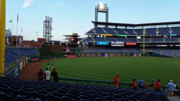 Citizens Bank Park, secção: 139, fila: 33, lugar: 1