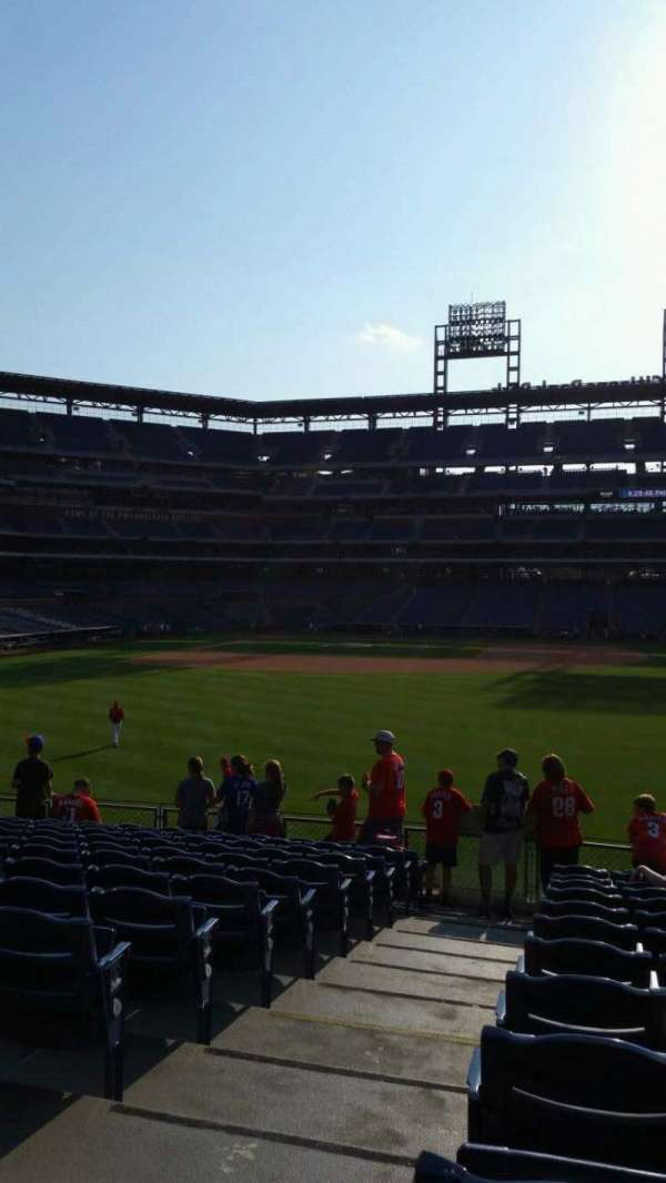 Citizens Bank Park, secção: 103, fila: 13, lugar: 22