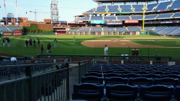 Citizens Bank Park, secção: 132, fila: 13, lugar: 12