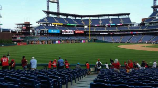 Citizens Bank Park, secção: 138, fila: 26, lugar: 18