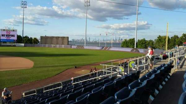 Richmond County Bank Ballpark, secção: 13, fila: P, lugar: 13