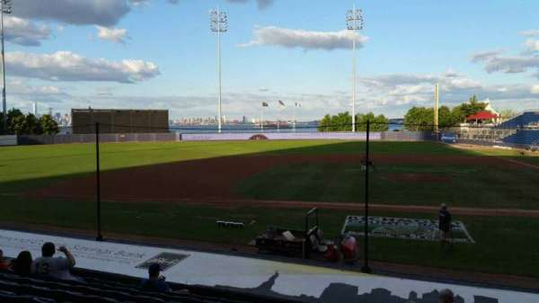 Richmond County Bank Ballpark, secção: 6, fila: M, lugar: 1
