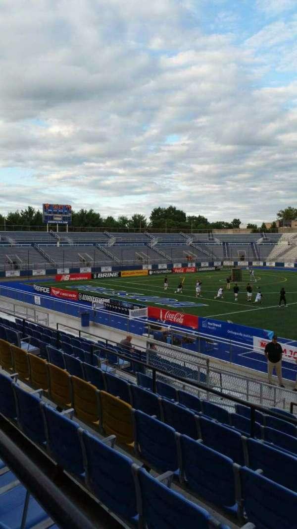 James M. Shuart Stadium, secção: 4, fila: T, lugar: 1