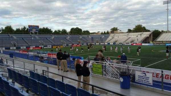 James M. Shuart Stadium, secção: 3, fila: 8, lugar: 27
