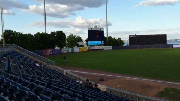 Richmond County Bank Ballpark, secção: 3, fila: M, lugar: 6