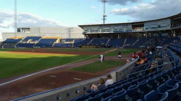Richmond County Bank Ballpark, secção: 2, fila: F, lugar: 18