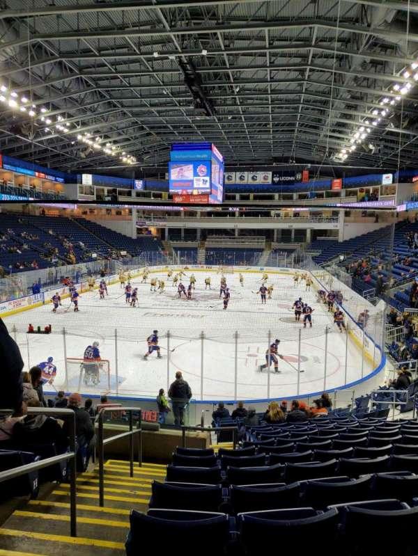 Webster Bank Arena, secção: 101, fila: N, lugar: 21