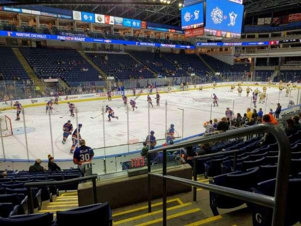 Webster Bank Arena, secção: 102, fila: J, lugar: 1