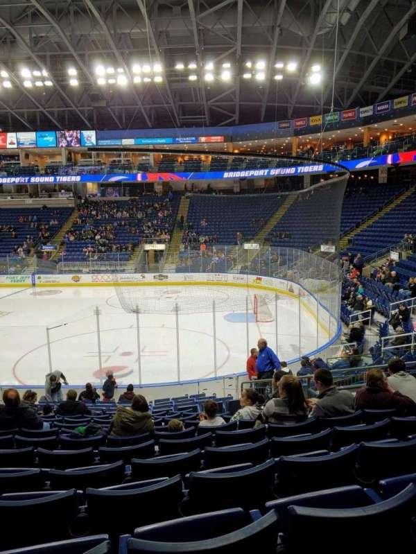 Webster Bank Arena, secção: 117, fila: L, lugar: 9