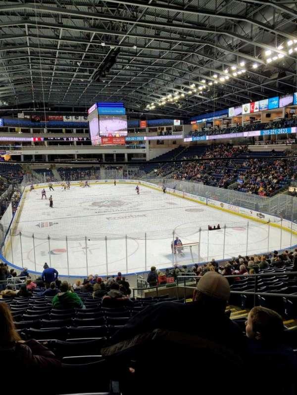 Webster Bank Arena, secção: 119, fila: S, lugar: 5