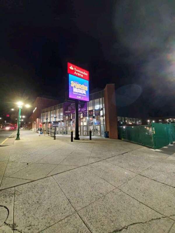 Santander Arena, secção: EXTERIOR