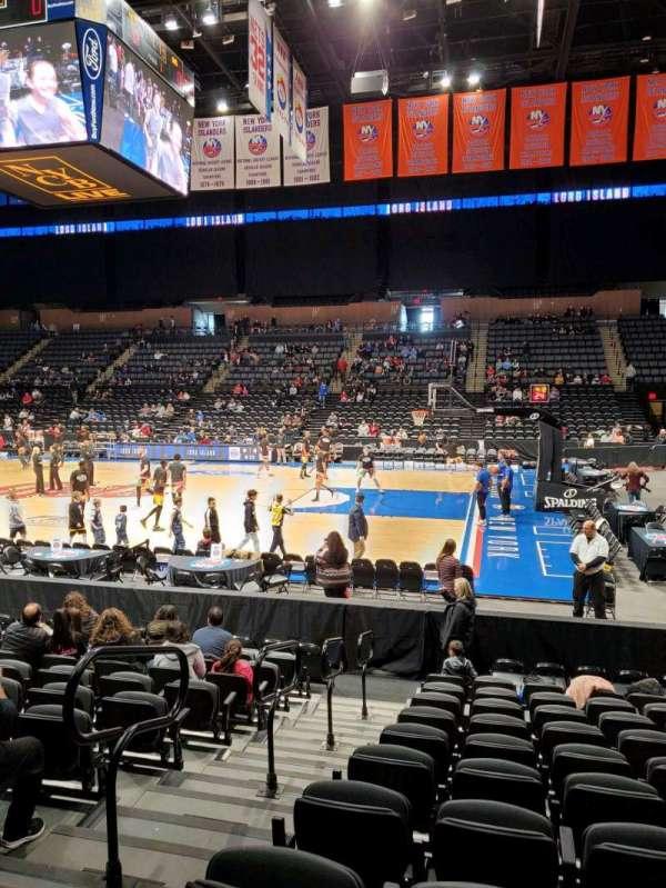 Nassau Veterans Memorial Coliseum, secção: 101, fila: 1, lugar: 13