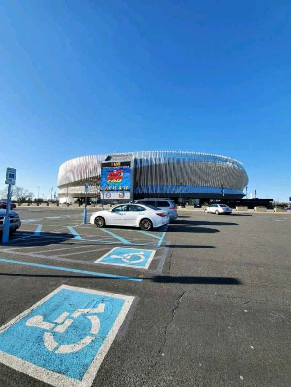 Nassau Veterans Memorial Coliseum, secção: Gates 13&14