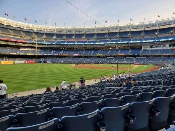 Yankee Stadium, secção: 131, fila: 16, lugar: 13